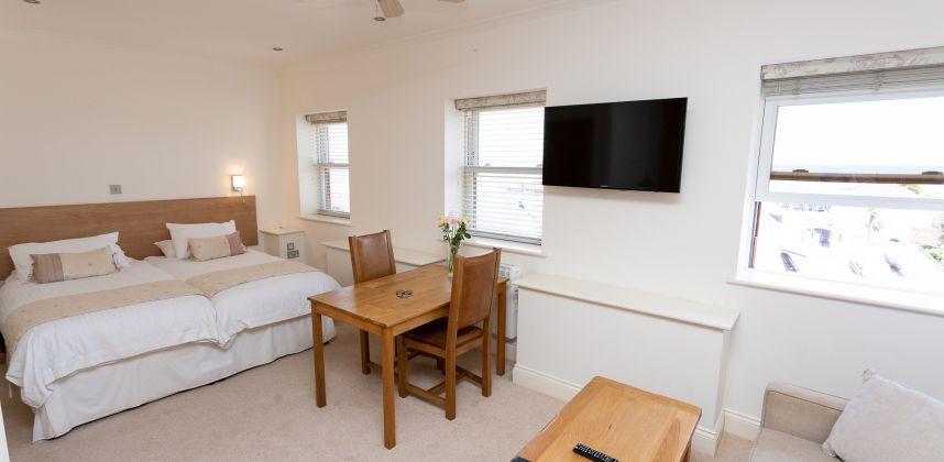 Classic Sea View Suites